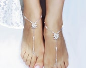 Bridal Foot Jewelry Beach Wedding Foot Jewelry Barefoot Sandal Destination Resort Footwear with Crystals Pearls Chain Bridal Accessories