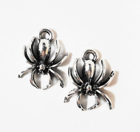 Silver Spider Charms 17x12mm Antique Silver Metal Black Widow Spider Bug Insect Halloween Charm Pendant Jewelry Making Craft Supplies 10pcs