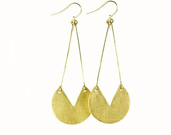 Hammered Brass Demi Circle Pendant Earring