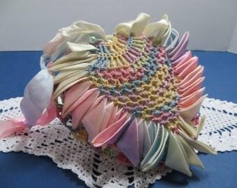 1950's Pineapple Heart Pin Cushion