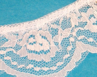 Traditional White Rose Ruffle Lace Trim - 56mm Wide - Polyester Ruffled Lace - 1 Yard Destash Piece - Destash T1