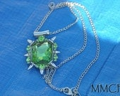 Once Upon a Time Zelena Glinda Green Crystal OUAT Pendant Necklace