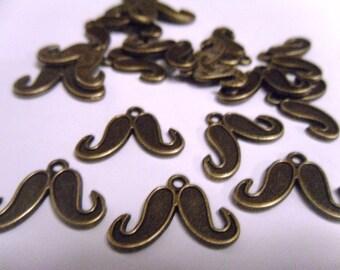 10 Antique Bronze Mustache Charms Pendants 15x22mm    -S4CB2-3