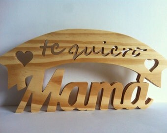 Wooden letters I love you mom