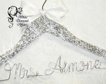BLING Wedding Hanger Crystal, Personalized 1-line Custom Wedding Hanger Wire, Personalized Hanger, Wire Crystal Rhinestone Valentine Gift