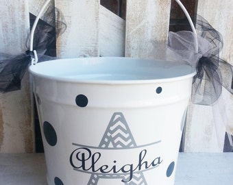 Personalized Chevron Intial 5qt Pail / Easter Bucket / Basket