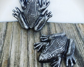 BOLD pair of antique silver bronze garden frogs  // rustic shabby chic // garden home office decor // paperweight animal statue