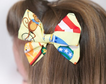 Small Circus Hair Bow
