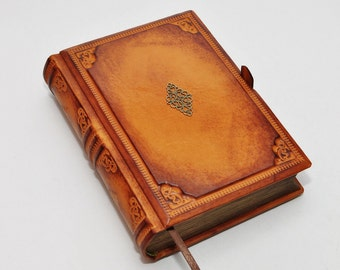 Brown leather journal, antique style 8.1''x5.7'' (20,5x14,5 cm), secret diary, OOAK leather journal, blank leather notebook, book of secrets