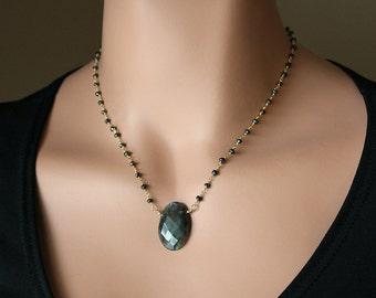 Oval Flash Labradorite Pendant Necklace, Oval Labradorite, Statement Necklace, Rosary Style necklace, Black Spinel