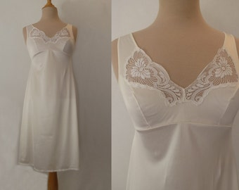 White Slip With Lace Trim