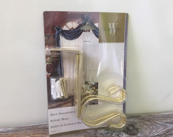 Brass Finish Metal Magic Swag Holder for Drapery Valance