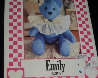 Simplicity 3205 ' Emily ' Bear Sewing Pattern - UNCUT