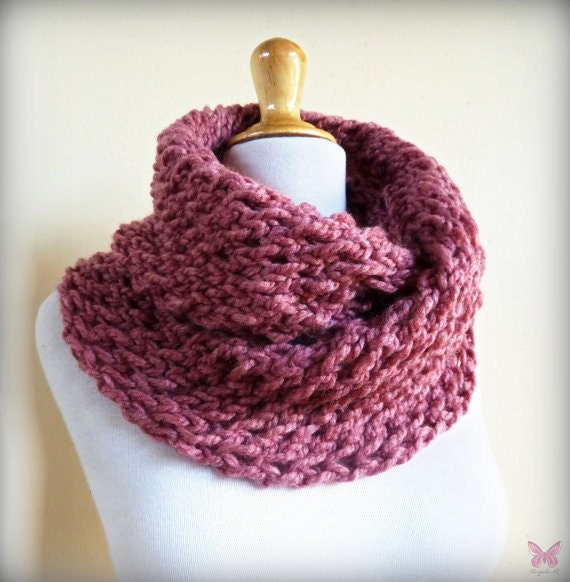 ANTIQUE ROSE (OR Choose Color) infinity scarf / cowl -- wool blend, chunky, fashion accessories