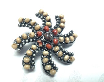 vintage brooch pin costume jewelry flower