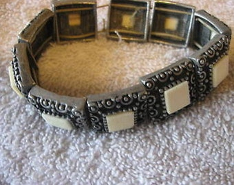 Vintage Silver Bracelet with White Squares in Gift Box CL7-30