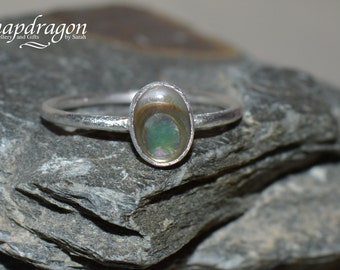 Sterling silver size US 9 1/4, UK R/S, abalone shell ring