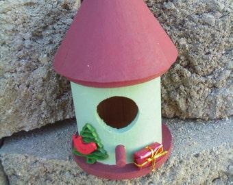 Round Bird House Burgandy Roof/Sage Green House (33)