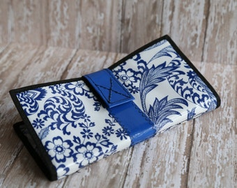 Cute Blue and White Oilcloth Envelope System Wallet for Dave Ramsey Cash Budgeting and Extreme Couponing