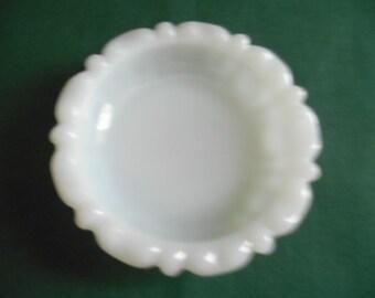Anchor Hocking Ashtray,  4 inch Round White Milk Glass, Has Anchor Trademark