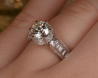 Art Deco-Inspired Engraved Diamond Ring (18K White Gold)