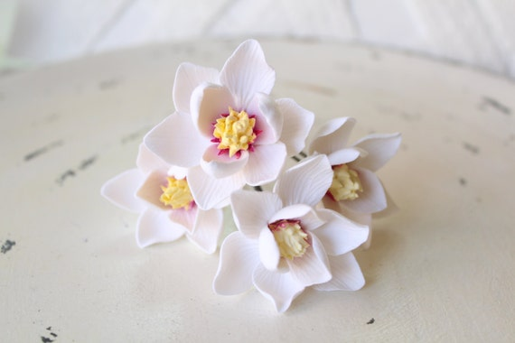 Hair bobby pin polymer clay flowers White magnolia Set of 3.