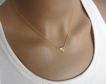 Triangle necklace, Geometric necklace, Minimalist necklace, Modern necklace, Geometric jewelry, Layering necklace