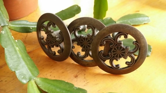 Classic Drawer Pulls Brass Knobs Celtic Knot