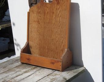 Super Sweet Barn Treasures Unusual Wooden Toolbox Vintage Saw Included