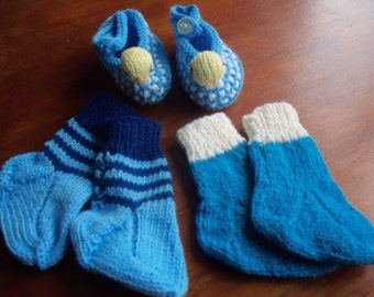 Set of Chick Slippers and Socks