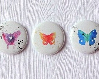 "3 badges 1 ""butterfly Watercolour"
