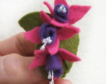Fuchsia Brooch, Pink Flowers Boutonniere, Pink and Purple Felt Brooch, Fuchsia Wedding Floral Jewellery, Fuchsia Boutonniere