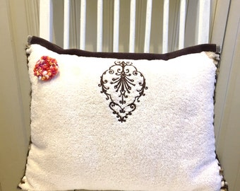"""Pillow - Cream/Brown  12"""" x 16"""" Terry Cotton"""