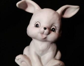 Vintage Homco little white porcelain rabbit