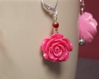 Short pink rose and red bead earrings