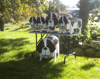 Medium Saint Bernard Mailbox