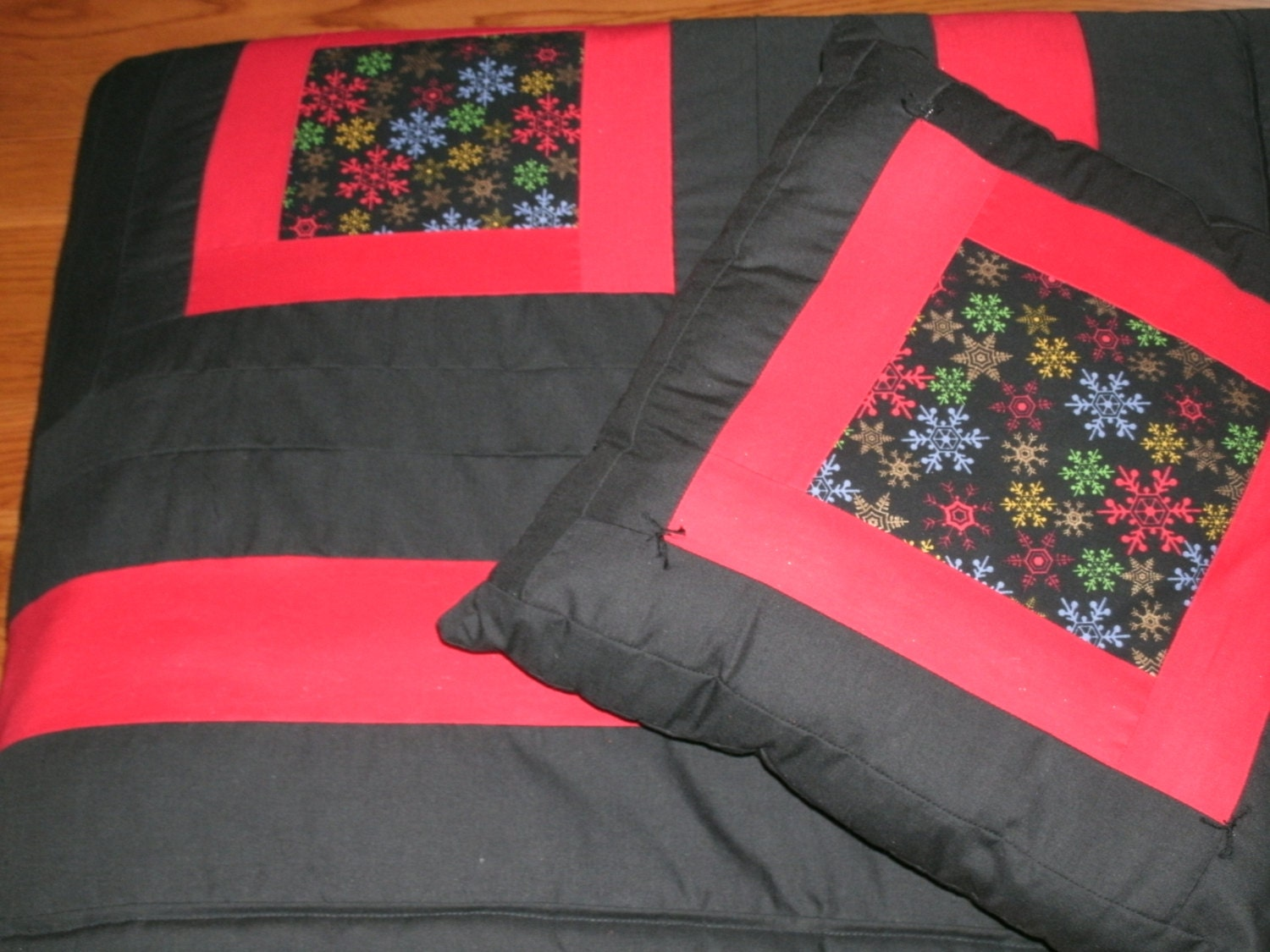Holiday Log Cabin Style Quilt And 2 Coordinating Pillows Twin