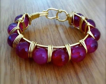 Raspberry Agate (Pink/Red) Bangle on Gold Wire