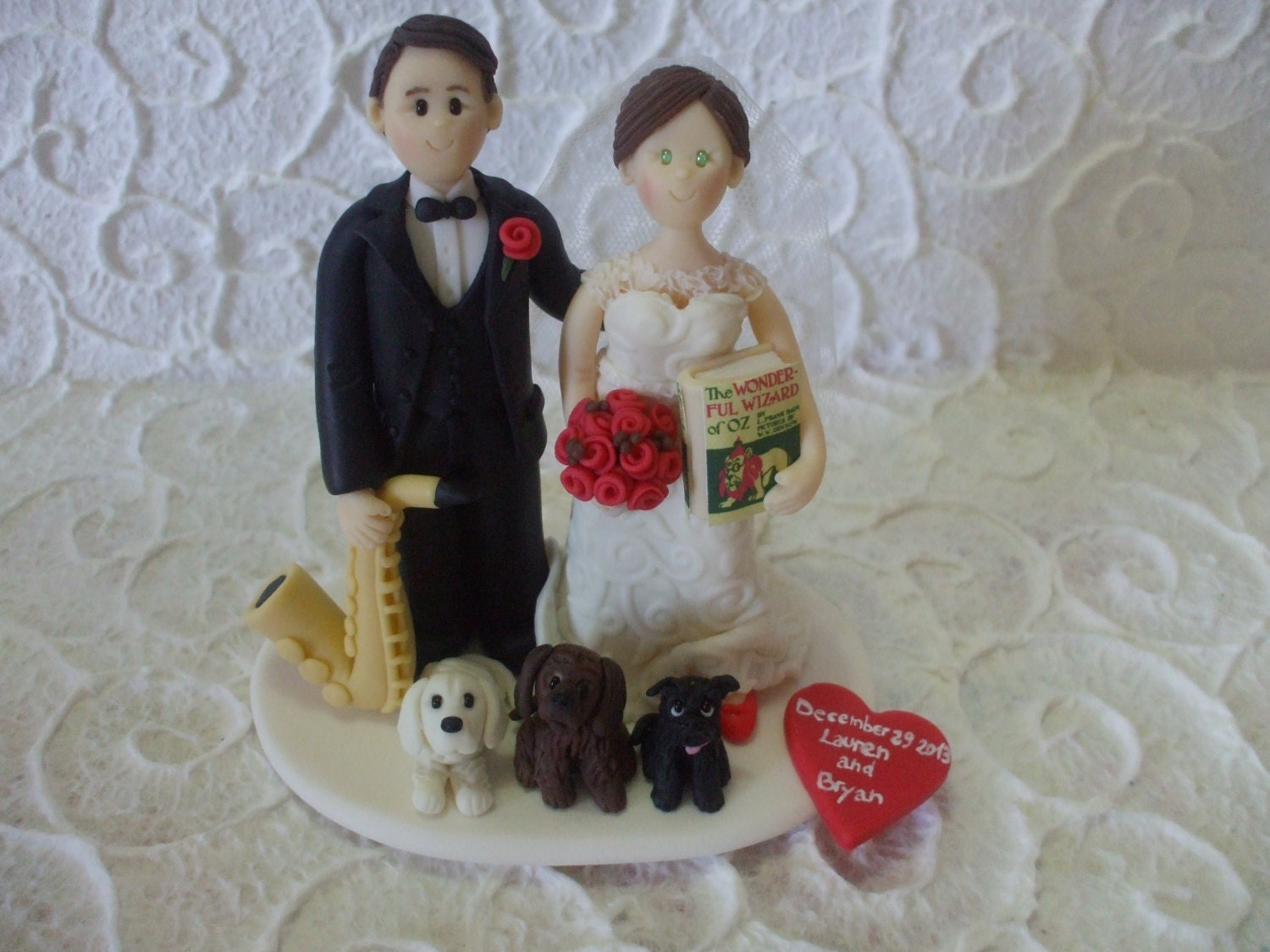 bride and groom with dogs personalized wedding cake topper