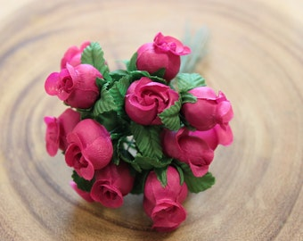 Small Fuchsia Rose Bunch/ Fabric Flowers/ Rose Buds/ Wired Flowers/ Favors