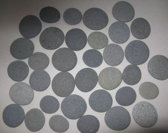 "30 Round stones 1.5"" to 2"" Smooth, Flat, Round,Beach Rocks, Guest Book Alternative,Wedding Stones, Wedding Decor"