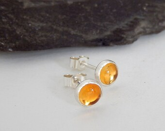 SIlver stud earrings,silver gemstone stud earrings,silver citrine stud earrings,silver citrine earrings,silver gemstone earrings,silverstuds