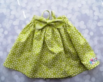 Baby girls Hattie spring and summer floral dress with detachable bow, size 9-12 mo, ready to ship!  Green and cream print