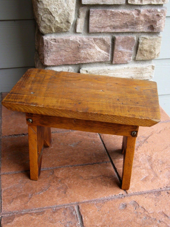 petit banc de bois tabouret pouf ch ne fabrication. Black Bedroom Furniture Sets. Home Design Ideas