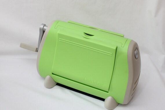 cuttlebug diecut machine