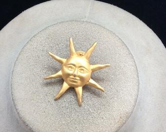 Vintage Goldtone Sun/Face Pin