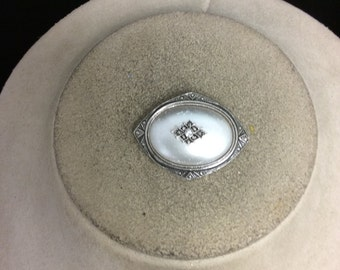 Vintage Faux Gray Pearl & Rhinestone Pin/Pendant