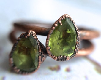 Green Peridot ring | Faceted peridot stacking ring | Copper & peridot stack ring | Electroformed jewelry | Organic Faceted stone jewelry