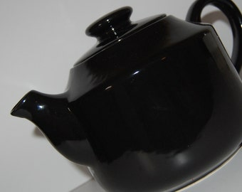 Beautiful Solid Black Tea Pot ~ Made in Portugal