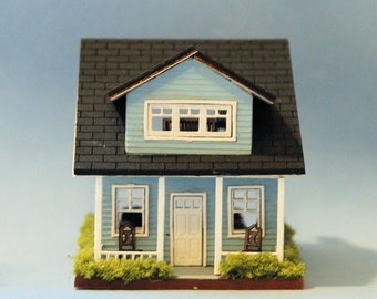 1/144th inch scale miniature-Furnished Cottage